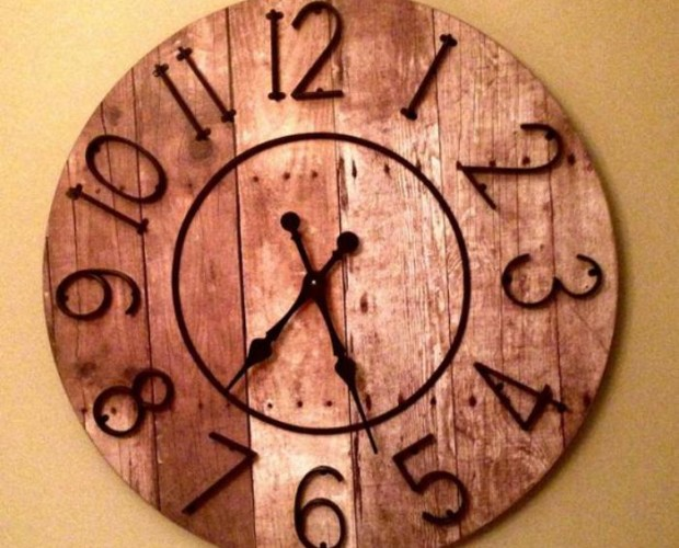 grande-horloge-murale-belle-horloge-en-bois (1)